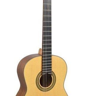 גיטרה קלאסית מבית C3400 NAT CEHARD