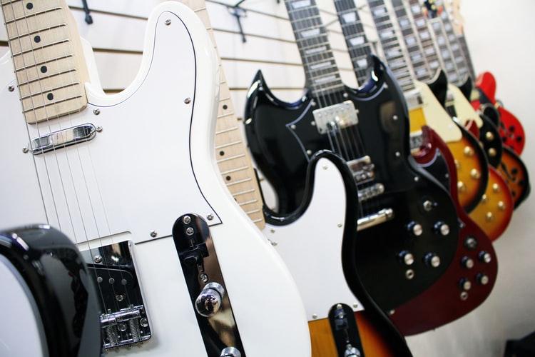 גיטרה חשמלית חנות מקצועית